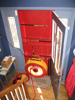 blower door test in mount pleasant charleston simpsonville lexington columbia summerville. Black Bedroom Furniture Sets. Home Design Ideas